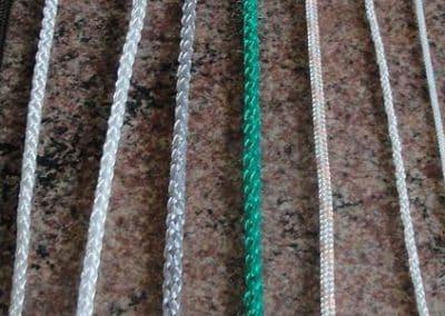 Кръгли шнурове и плоски ширити